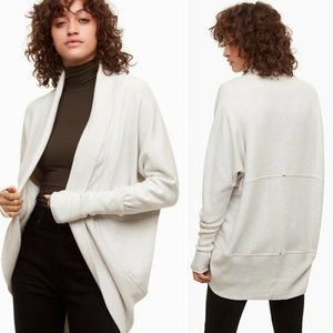 🛍3 for $25 🛍 Aritzia Wilfred Diderot Sweater
